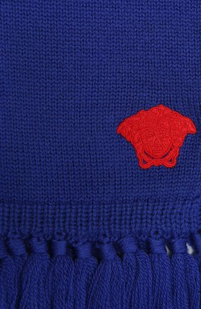 Детский шерстяной шарф VERSACE синего цвета, арт. 1001655/1A01314 | Фото 2