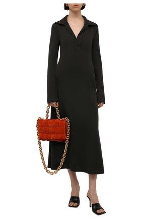 Женское шерстяное платье BOTTEGA VENETA хаки цвета, арт. 664259/V0X50   Фото 2 (Материал внешний: Шерсть; Стили: Гламурный; Женское Кросс-КТ: Платье-одежда; Рукава: Длинные; Длина Ж (юбки, платья, шорты): Миди; Кросс-КТ: Трикотаж; Случай: Повседневный)