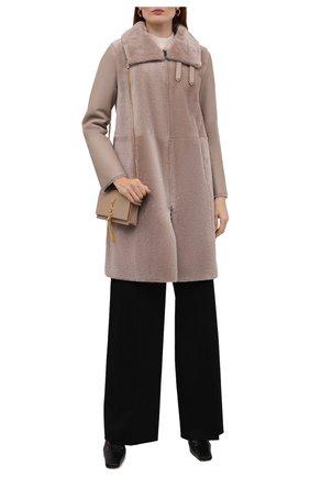Женская шуба из овчины EMPORIO ARMANI темно-розового цвета, арт. BNL07P/B2P26   Фото 2 (Длина (верхняя одежда): До середины бедра; Рукава: Длинные; Материал внешний: Натуральный мех; Стили: Кэжуэл; Женское Кросс-КТ: Мех)