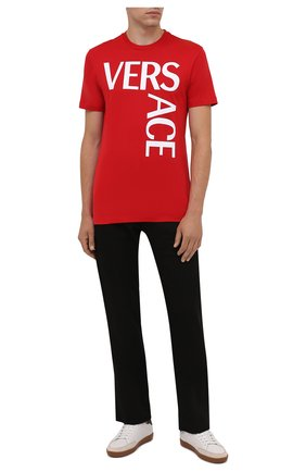 Мужская хлопковая футболка VERSACE красного цвета, арт. 1001288/1A00922   Фото 2