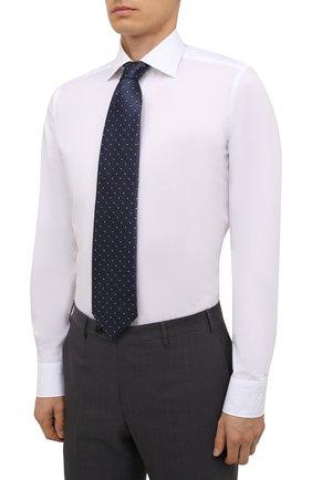 Мужская хлопковая сорочка LUIGI BORRELLI белого цвета, арт. PS10012/LUCIAN0/ST/EV/PC   Фото 4 (Манжеты: На пуговицах; Рукава: Длинные; Воротник: Акула; Длина (для топов): Стандартные; Рубашки М: Slim Fit; Материал внешний: Хлопок; Стили: Классический; Случай: Формальный; Принт: Однотонные)