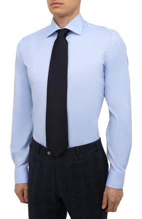 Мужская хлопковая сорочка LUIGI BORRELLI голубого цвета, арт. PS30060/LUCIAN0/ST/EV/PC | Фото 4 (Манжеты: На пуговицах; Рукава: Длинные; Воротник: Акула; Длина (для топов): Стандартные; Рубашки М: Slim Fit; Материал внешний: Хлопок; Стили: Классический; Случай: Формальный; Принт: Однотонные)