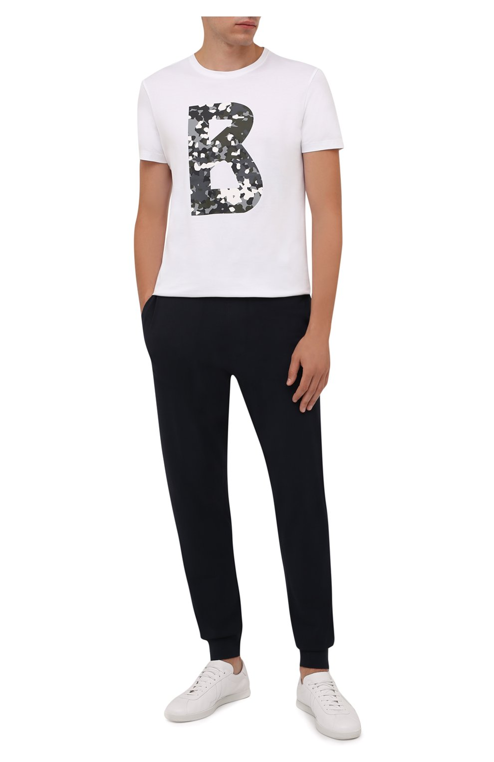 Мужские джоггеры BOGNER темно-синего цвета, арт. 18813802 | Фото 2 (Мужское Кросс-КТ: Брюки-трикотаж; Длина (брюки, джинсы): Стандартные; Кросс-КТ: Спорт; Материал внешний: Синтетический материал, Вискоза; Стили: Спорт-шик; Силуэт М (брюки): Джоггеры)