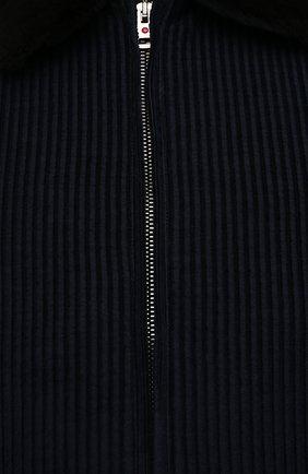 Мужской хлопковый бомбер с меховой отделкой KIRED темно-синего цвета, арт. WYUK0NW7404008000/62-74   Фото 5 (Кросс-КТ: Куртка; Big sizes: Big Sizes; Рукава: Длинные; Принт: Без принта; Материал внешний: Хлопок; Материал подклада: Синтетический материал; Длина (верхняя одежда): Короткие; Стили: Кэжуэл)