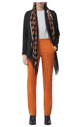 Женский платок из шелка и шерсти BURBERRY коричневого цвета, арт. 8042062/124568 | Фото 2