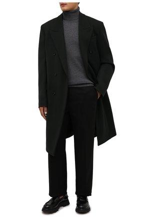 Мужской кашемировая водолазка MAISON MARGIELA серого цвета, арт. S50HA1012/S17783 | Фото 2 (Материал внешний: Шерсть, Кашемир; Рукава: Длинные; Принт: Без принта; Длина (для топов): Стандартные; Стили: Классический; Мужское Кросс-КТ: Водолазка-одежда)
