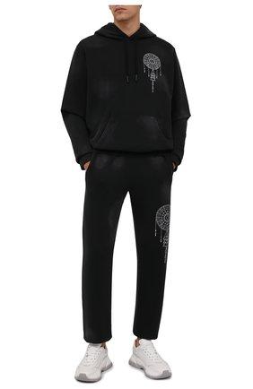 Мужской хлопковое худи MARCELO BURLON черного цвета, арт. CMBB007F21FLE010 | Фото 2 (Материал внешний: Хлопок; Рукава: Длинные; Длина (для топов): Стандартные; Мужское Кросс-КТ: Худи-одежда; Принт: С принтом; Стили: Спорт-шик)