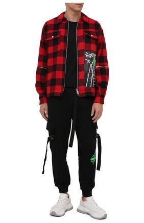 Мужская куртка DIEGO VENTURINO красного цвета, арт. FW21-DV CMC FZ-REDECF | Фото 2 (Материал внешний: Синтетический материал; Длина (верхняя одежда): Короткие; Рукава: Длинные; Кросс-КТ: Куртка, Ветровка; Стили: Гранж)