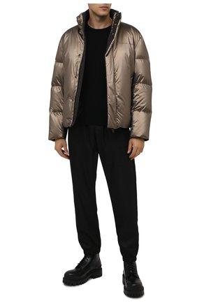 Мужская пуховая куртка boss x porsche BOSS золотого цвета, арт. 50457661 | Фото 2 (Материал внешний: Синтетический материал; Длина (верхняя одежда): Короткие; Материал утеплителя: Пух и перо; Рукава: Длинные; Материал подклада: Синтетический материал; Кросс-КТ: Куртка; Мужское Кросс-КТ: пуховик-короткий; Стили: Кэжуэл)