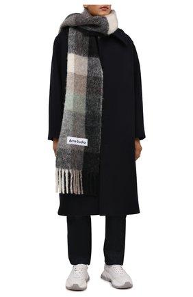 Мужской шарф ACNE STUDIOS серого цвета, арт. CA0084/M   Фото 2 (Материал: Шерсть; Кросс-КТ: шерсть)