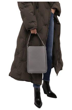 Женская сумка tool BALENCIAGA серого цвета, арт. 659920/15YGY | Фото 2 (Материал: Натуральная кожа; Ошибки технического описания: Нет ширины; Ремень/цепочка: На ремешке; Размер: medium; Сумки-технические: Сумки через плечо)