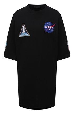 Женская хлопковая футболка BALENCIAGA черного цвета, арт. 651795/TKVD7 | Фото 1 (Рукава: 3/4; Длина (для топов): Удлиненные; Материал внешний: Хлопок; Женское Кросс-КТ: Футболка-одежда; Принт: С принтом; Стили: Спорт-шик)