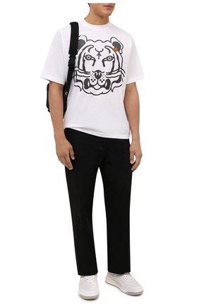 Мужская хлопковая футболка KENZO белого цвета, арт. FB65TS5224SA   Фото 2 (Рукава: Короткие; Длина (для топов): Стандартные; Принт: С принтом; Материал внешний: Хлопок; Стили: Кэжуэл)