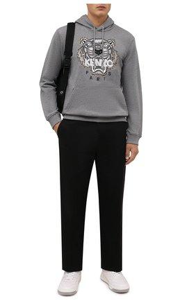Мужской хлопковое худи KENZO серого цвета, арт. FB65SW3334XA | Фото 2 (Материал внешний: Хлопок; Рукава: Длинные; Длина (для топов): Стандартные; Мужское Кросс-КТ: Худи-одежда; Принт: С принтом; Стили: Спорт-шик)