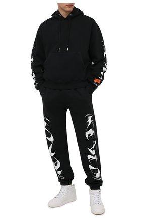 Мужской хлопковое худи HERON PRESTON черного цвета, арт. HMBB017F21JER0041001 | Фото 2 (Длина (для топов): Стандартные; Рукава: Длинные; Материал внешний: Хлопок; Мужское Кросс-КТ: Худи-одежда; Принт: С принтом; Стили: Спорт-шик)