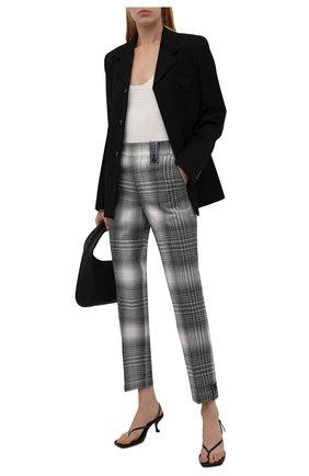 Женские шерстяные брюки JW ANDERSON черно-белого цвета, арт. TR0139 PG0597   Фото 2 (Длина (брюки, джинсы): Стандартные; Материал внешний: Шерсть; Материал подклада: Вискоза; Женское Кросс-КТ: Брюки-одежда; Силуэт Ж (брюки и джинсы): Прямые; Стили: Кэжуэл)