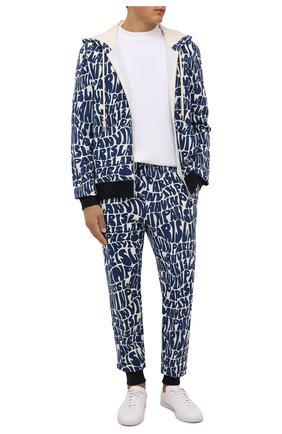 Мужские хлопковые джоггеры LANVIN синего цвета, арт. RM-TR0041-J064-A21 | Фото 2 (Материал внешний: Хлопок; Длина (брюки, джинсы): Стандартные; Силуэт М (брюки): Джоггеры; Мужское Кросс-КТ: Брюки-трикотаж)