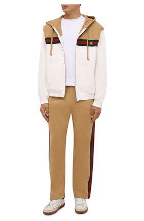 Мужские хлопковые брюки GUCCI бежевого цвета, арт. 655477/XJDKL | Фото 2