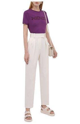 Женская хлопковая футболка KENZO фиолетового цвета, арт. FB62TS8414SA   Фото 2 (Материал внешний: Хлопок; Длина (для топов): Стандартные; Рукава: Короткие; Женское Кросс-КТ: Футболка-одежда; Принт: С принтом; Стили: Спорт-шик)