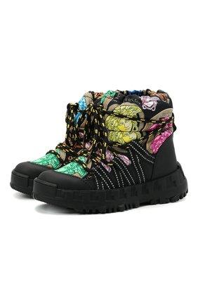 Детские утепленные ботинки VERSACE разноцветного цвета, арт. YHX00043/1A01142/30-33   Фото 1 (Материал внутренний: Натуральная кожа, Текстиль; Материал внешний: Текстиль)
