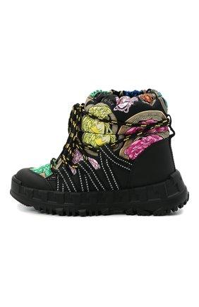 Детские утепленные ботинки VERSACE разноцветного цвета, арт. YHX00043/1A01142/30-33   Фото 2 (Материал внутренний: Натуральная кожа, Текстиль; Материал внешний: Текстиль)