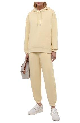 Женские джоггеры из хлопка и шерсти BOSS желтого цвета, арт. 50457837 | Фото 2 (Материал внешний: Хлопок; Длина (брюки, джинсы): Стандартные; Женское Кросс-КТ: Джоггеры - брюки, Брюки-спорт; Силуэт Ж (брюки и джинсы): Джоггеры; Стили: Спорт-шик)