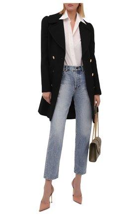 Женская шелковая рубашка GUCCI кремвого цвета, арт. 661738/ZAAZQ | Фото 2 (Материал внешний: Шелк; Женское Кросс-КТ: Рубашка-одежда; Принт: С принтом; Рукава: Длинные; Длина (для топов): Стандартные; Стили: Кэжуэл)