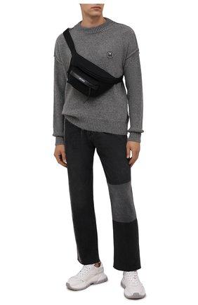 Мужской шерстяной свитер PALM ANGELS серого цвета, арт. PMHE030F21KNI0010701 | Фото 2 (Длина (для топов): Стандартные; Рукава: Длинные; Материал внешний: Шерсть; Мужское Кросс-КТ: Свитер-одежда; Принт: Без принта; Стили: Гранж)