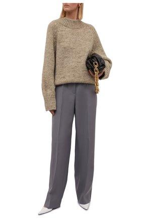 Женский свитер из шерсти и хлопка MAISON MARGIELA бежевого цвета, арт. S51GP0221/S17802 | Фото 2 (Длина (для топов): Стандартные; Материал внешний: Хлопок, Шерсть; Рукава: Длинные; Женское Кросс-КТ: Свитер-одежда; Стили: Кэжуэл)