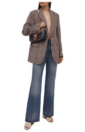 Женские джинсы GUCCI синего цвета, арт. 656983/XDB0J | Фото 2 (Материал внешний: Хлопок; Длина (брюки, джинсы): Удлиненные; Кросс-КТ: Деним; Силуэт Ж (брюки и джинсы): Расклешенные; Стили: Кэжуэл)