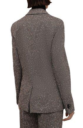 Женский жакет BOTTEGA VENETA темно-бежевого цвета, арт. 669598/V0WM0 | Фото 4 (Рукава: Длинные; Случай: Повседневный; Материал внешний: Синтетический материал, Вискоза; Длина (для топов): Стандартные; Материал подклада: Вискоза; 1-2-бортные: Двубортные; Женское Кросс-КТ: Жакет-одежда; Стили: Кэжуэл)