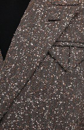 Женский жакет BOTTEGA VENETA темно-бежевого цвета, арт. 669598/V0WM0 | Фото 5 (Рукава: Длинные; Случай: Повседневный; Материал внешний: Синтетический материал, Вискоза; Длина (для топов): Стандартные; Материал подклада: Вискоза; 1-2-бортные: Двубортные; Женское Кросс-КТ: Жакет-одежда; Стили: Кэжуэл)