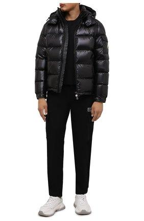 Мужская пуховая куртка maya MONCLER черного цвета, арт. G2-091-1A536-00-68950 | Фото 2 (Материал внешний: Синтетический материал; Материал утеплителя: Пух и перо; Материал подклада: Синтетический материал; Рукава: Длинные; Длина (верхняя одежда): Короткие; Кросс-КТ: Куртка; Мужское Кросс-КТ: пуховик-короткий; Стили: Кэжуэл)