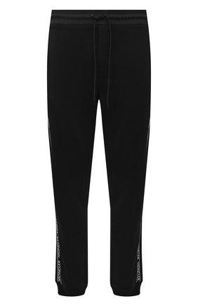 Мужские хлопковые джоггеры MONCLER черного цвета, арт. G2-091-8H000-07-809KR | Фото 1 (Длина (брюки, джинсы): Стандартные; Материал внешний: Хлопок; Силуэт М (брюки): Джоггеры; Кросс-КТ: Трикотаж; Стили: Спорт-шик)