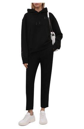 Женский хлопковое худи MCQ черного цвета, арт. 624673/RQR20   Фото 2 (Материал внешний: Хлопок; Рукава: Длинные; Длина (для топов): Стандартные; Стили: Спорт-шик; Женское Кросс-КТ: Худи-одежда, Худи-спорт)