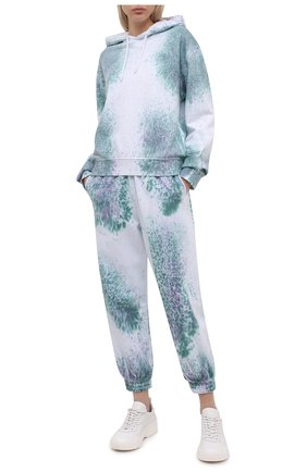 Женские хлопковые джоггеры MCQ разноцветного цвета, арт. 624628/RRJ53   Фото 2 (Материал внешний: Хлопок; Длина (брюки, джинсы): Стандартные; Стили: Спорт-шик; Кросс-КТ: Трикотаж; Женское Кросс-КТ: Джоггеры - брюки, Брюки-спорт; Силуэт Ж (брюки и джинсы): Джоггеры)