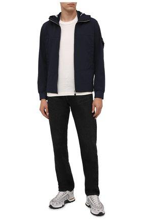 Мужская куртка STONE ISLAND темно-синего цвета, арт. 7515Q0122 | Фото 2 (Материал внешний: Синтетический материал; Материал подклада: Синтетический материал; Кросс-КТ: Куртка, Ветровка; Длина (верхняя одежда): Короткие; Стили: Кэжуэл; Рукава: Длинные)