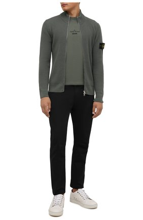 Мужские брюки из хлопка и шерсти STONE ISLAND черного цвета, арт. 751530914 | Фото 2