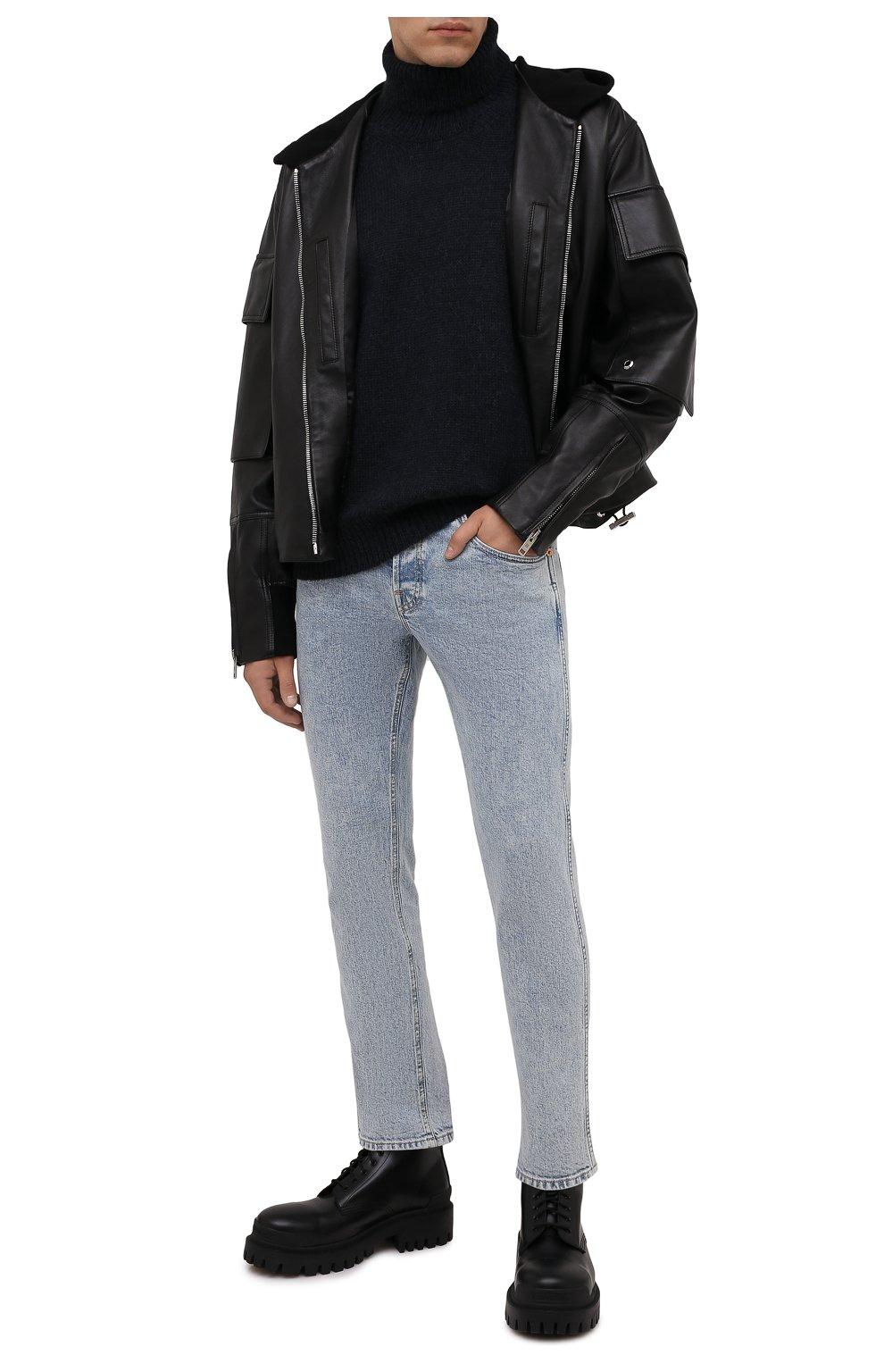 Мужские джинсы GUCCI голубого цвета, арт. 408637/XDBCD | Фото 2 (Силуэт М (брюки): Прямые; Кросс-КТ: Деним; Длина (брюки, джинсы): Стандартные; Материал внешний: Хлопок)