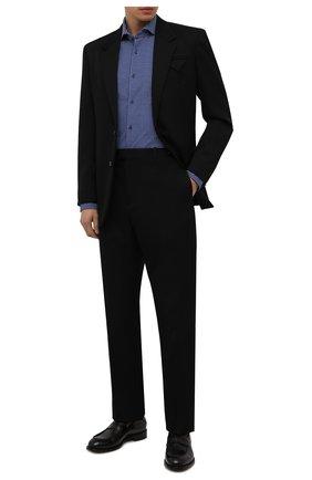Мужская рубашка BOSS синего цвета, арт. 50454008 | Фото 2 (Материал внешний: Синтетический материал; Случай: Повседневный; Принт: С принтом; Рубашки М: Regular Fit; Манжеты: На пуговицах; Воротник: Акула; Рукава: Длинные; Стили: Классический; Длина (для топов): Стандартные)