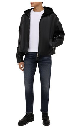 Мужские джинсы TOM FORD синего цвета, арт. BYJ31/TFD002 | Фото 2 (Материал внешний: Хлопок; Кросс-КТ: Деним; Детали: Потертости; Силуэт М (брюки): Прямые; Стили: Кэжуэл; Длина (брюки, джинсы): Стандартные)