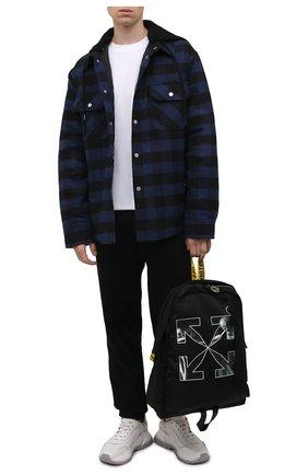 Мужская хлопковая куртка OFF-WHITE темно-синего цвета, арт. 0MEA236F21FAB001 | Фото 2 (Материал подклада: Синтетический материал; Длина (верхняя одежда): Короткие; Рукава: Длинные; Материал внешний: Хлопок, Синтетический материал; Кросс-КТ: Куртка, Ветровка; Стили: Гранж)