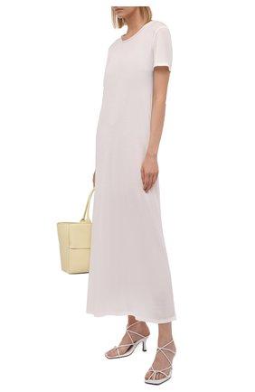 Женское платье THE ROW кремвого цвета, арт. 5752K395 | Фото 2 (Материал внешний: Растительное волокно; Рукава: Короткие; Длина Ж (юбки, платья, шорты): Миди; Стили: Минимализм; Случай: Повседневный; Женское Кросс-КТ: Платье-одежда)