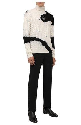 Мужской шерстяной свитер OFF-WHITE белого цвета, арт. 0MHF033F21KNI002 | Фото 2 (Материал внешний: Шерсть; Длина (для топов): Стандартные; Рукава: Длинные; Мужское Кросс-КТ: Свитер-одежда; Принт: С принтом; Стили: Гранж)