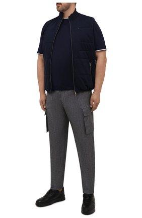Мужские брюки-карго из шерсти и хлопка CORTIGIANI серого цвета, арт. 213604/0000/2295/60-70 | Фото 2 (Материал внешний: Хлопок, Шерсть; Случай: Повседневный; Силуэт М (брюки): Карго; Стили: Кэжуэл; Big sizes: Big Sizes; Длина (брюки, джинсы): Стандартные)