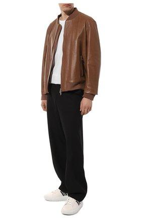 Мужские кожаные кеды greca VERSACE белого цвета, арт. DSU8404/1A00775 | Фото 2 (Материал внутренний: Натуральная кожа; Подошва: Массивная)