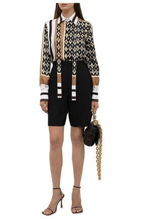 Женская шелковая рубашка VALENTINO бежевого цвета, арт. WB3AB2N36JG | Фото 2 (Материал внешний: Шелк; Рукава: Длинные; Длина (для топов): Стандартные; Женское Кросс-КТ: Рубашка-одежда; Принт: С принтом; Стили: Гламурный)