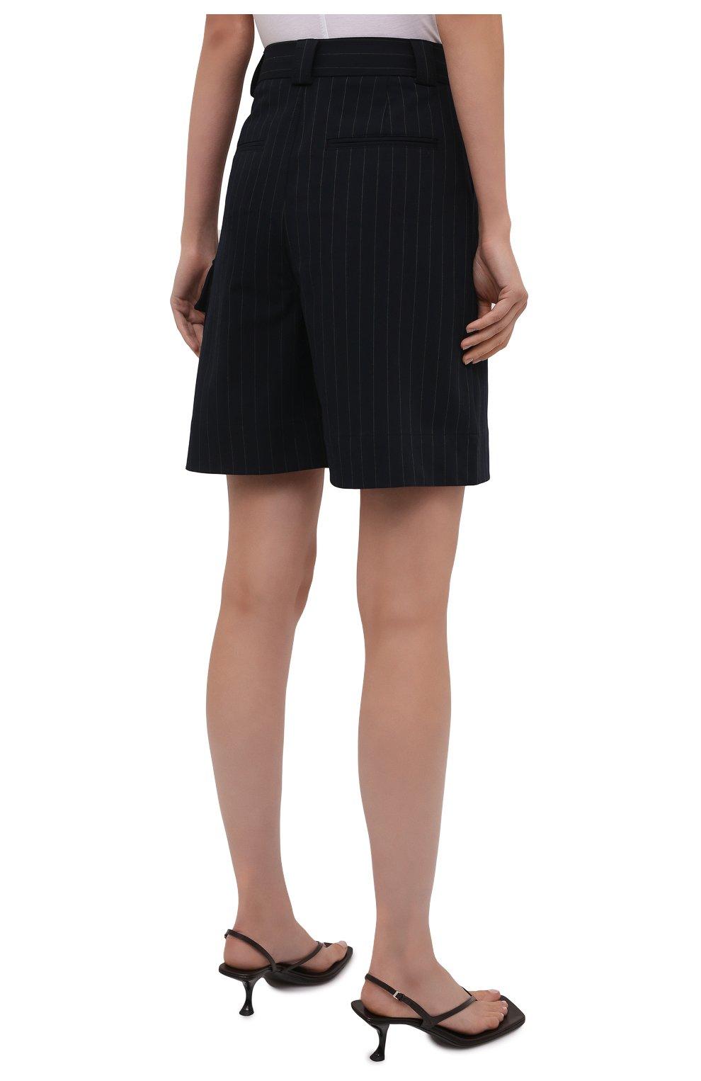 Женские шорты-бермуды GANNI темно-синего цвета, арт. F6119   Фото 4 (Женское Кросс-КТ: Шорты-одежда; Длина Ж (юбки, платья, шорты): Мини; Материал внешний: Синтетический материал, Вискоза; Кросс-КТ: Широкие; Стили: Кэжуэл)