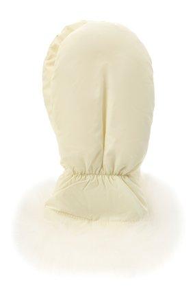 Детские пкховые варежки с мехом YVES SALOMON ENFANT белого цвета, арт. 21WEA016XXM08W | Фото 1