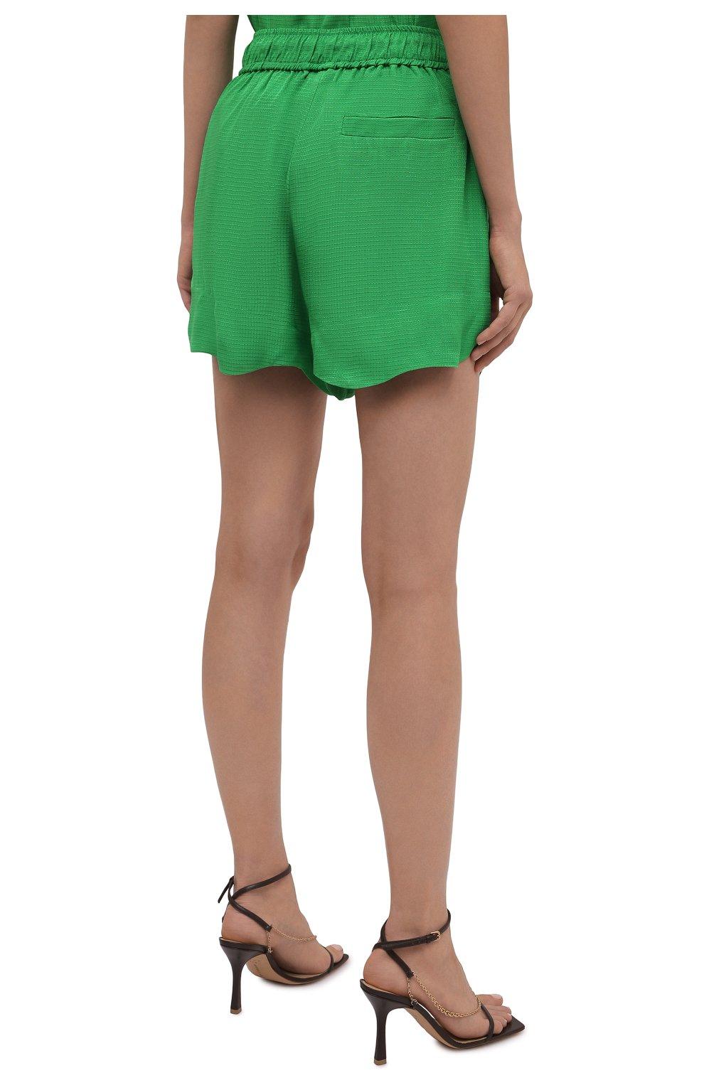 Женские шорты из вискозы GANNI зеленого цвета, арт. F6118 | Фото 4 (Женское Кросс-КТ: Шорты-одежда; Длина Ж (юбки, платья, шорты): Мини; Материал внешний: Вискоза; Стили: Романтичный)
